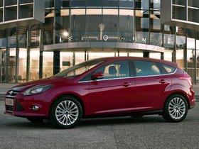 Ver foto 6 de Ford Focus 5 puertas 2011