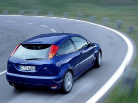 Ver foto 3 de Ford Focus RS 2002
