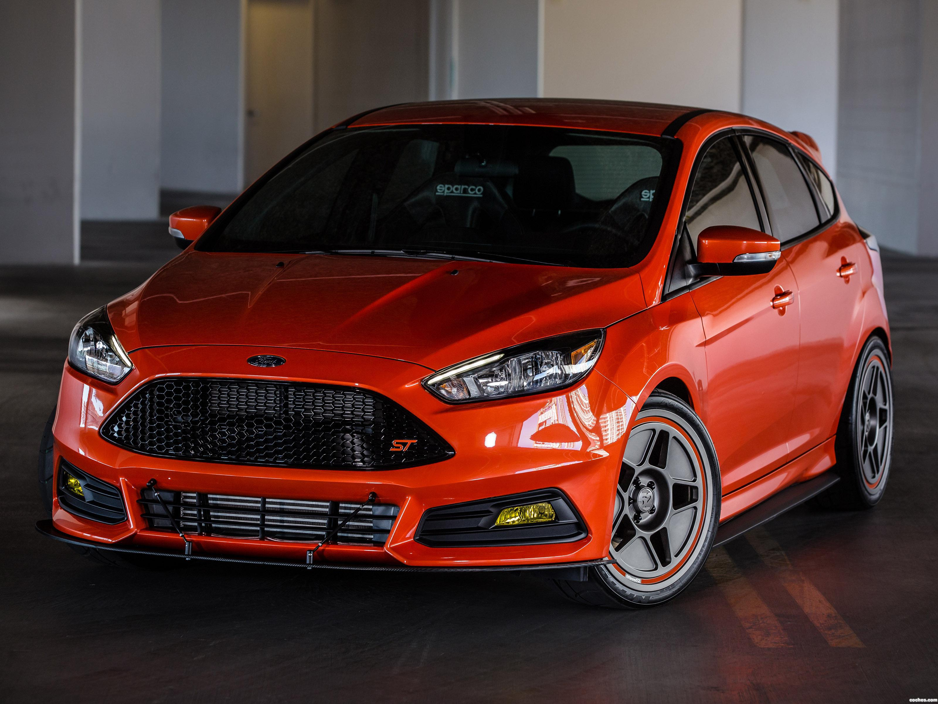 Foto 0 de Ford  Focus ST CJ Pony Parts  2015
