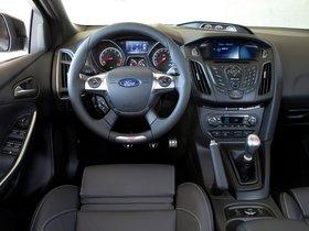 Ver foto 9 de Ford Focus ST-H 2013