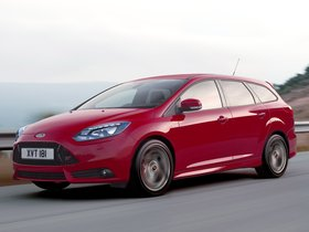 Fotos de Ford Focus ST Wagon 2011