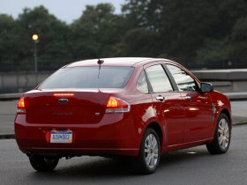 Ver foto 7 de Ford Focus Sedan USA 2008