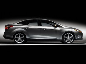 Ver foto 3 de Ford Focus Sedan USA 2010