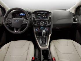 Ver foto 11 de Ford Focus Sedan USA 2014