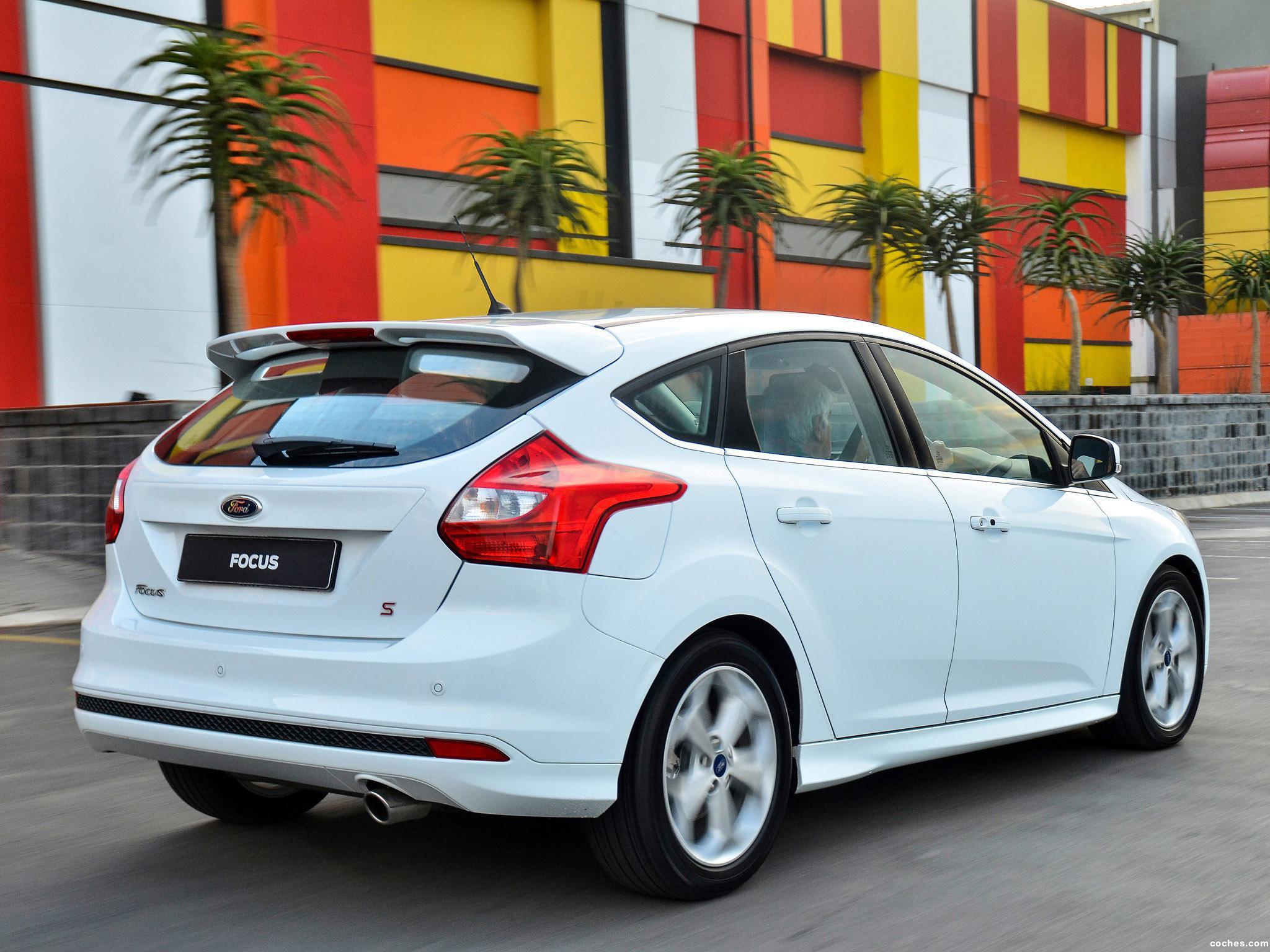 Foto 4 de Ford Focus Sport 2014