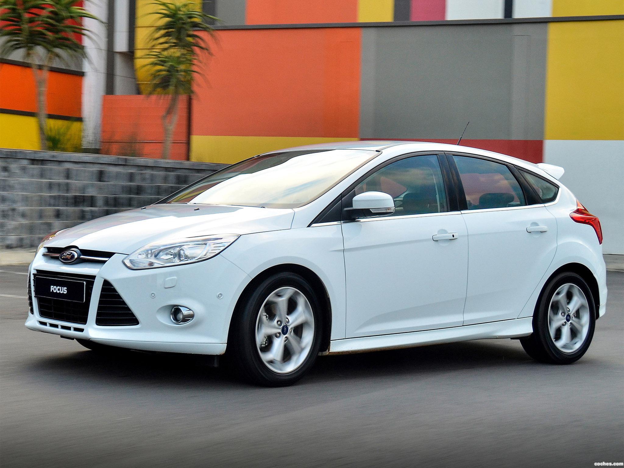 Foto 3 de Ford Focus Sport 2014