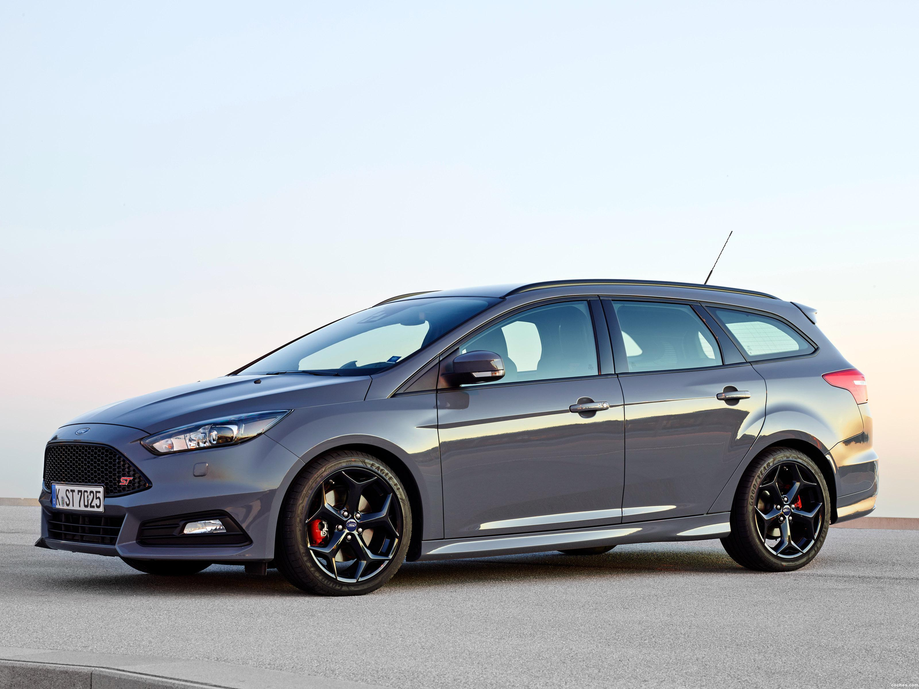 Foto 0 de Ford Focus ST Turnier 2014
