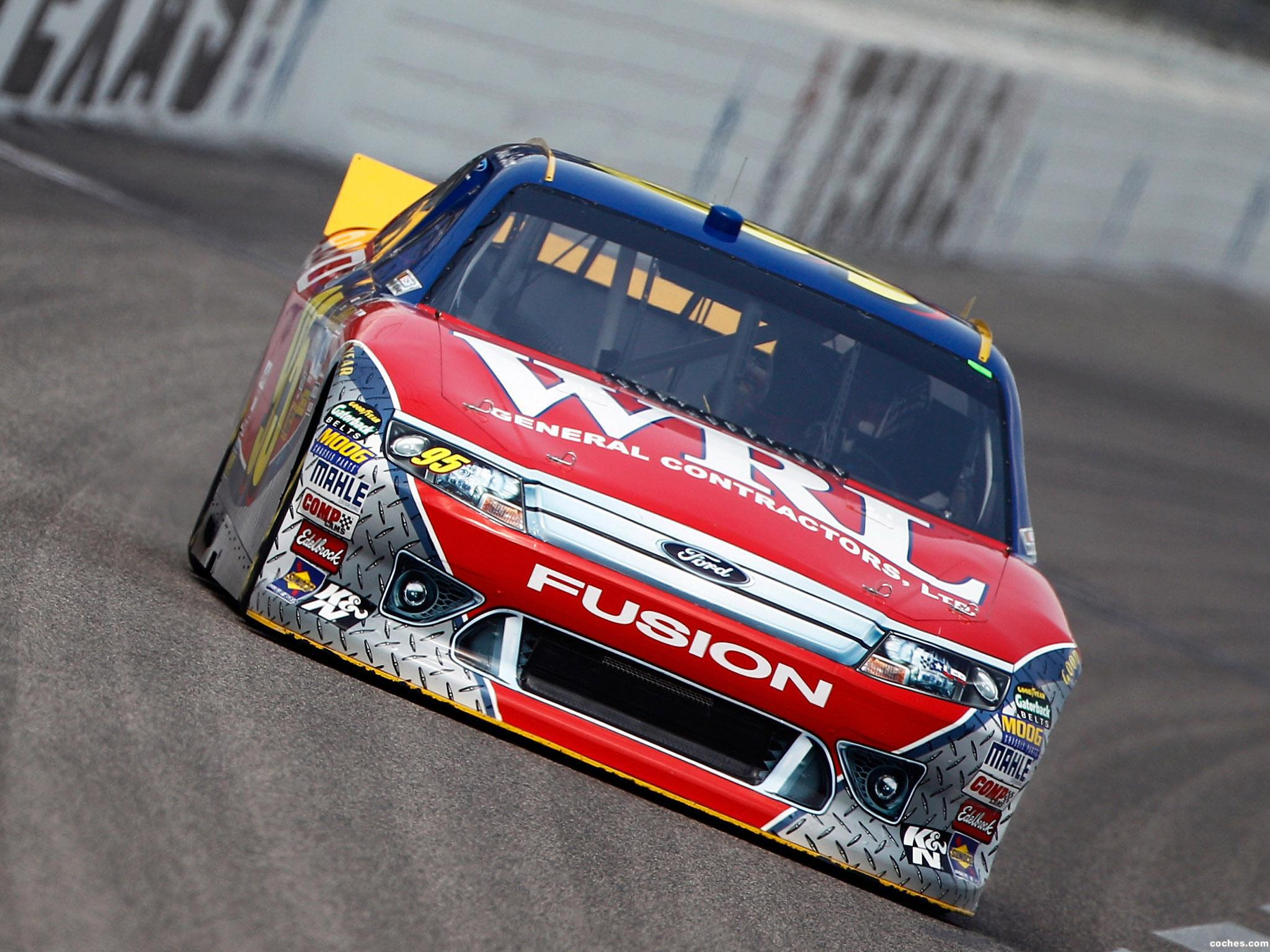 Foto 4 de Ford Fusion NASCAR Sprint Cup Series Race Car 2012