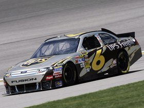 Ver foto 7 de Ford Fusion NASCAR Sprint Cup Series Race Car 2012