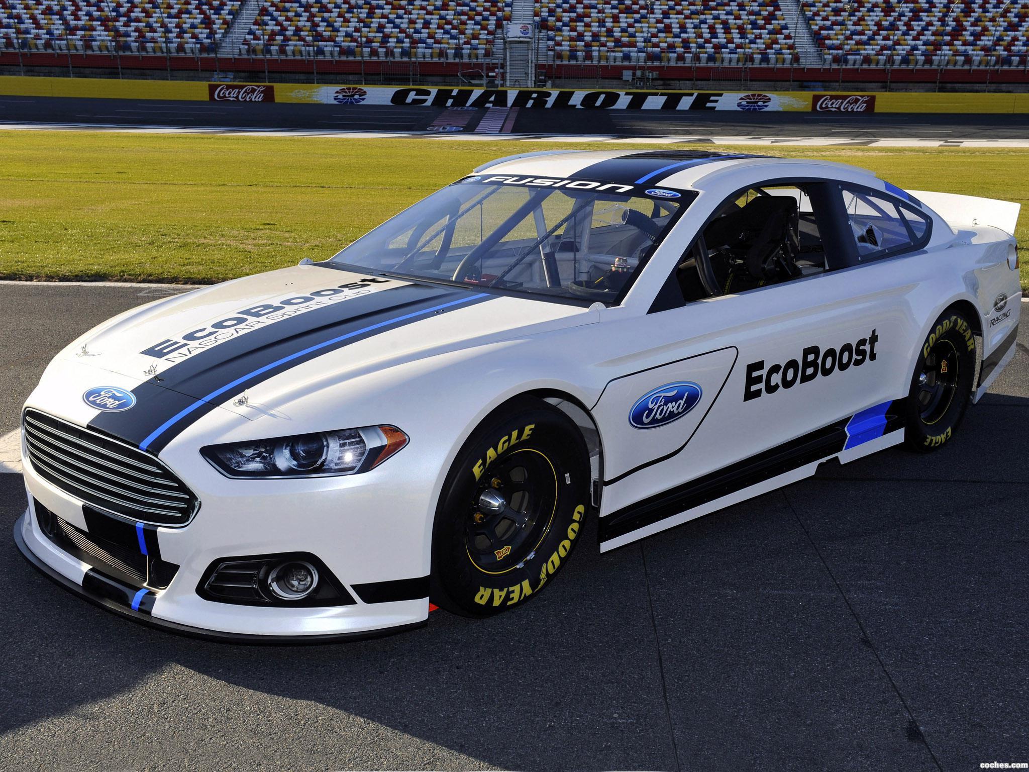 Foto 0 de Ford Fusion NASCAR 2012