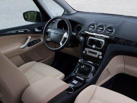 Ver foto 16 de Ford Galaxy 2010