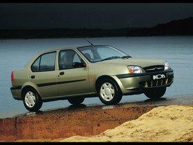 Ver foto 5 de Ford Ikon 2000