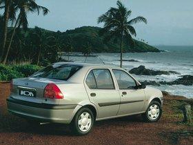 Ver foto 4 de Ford Ikon 2000