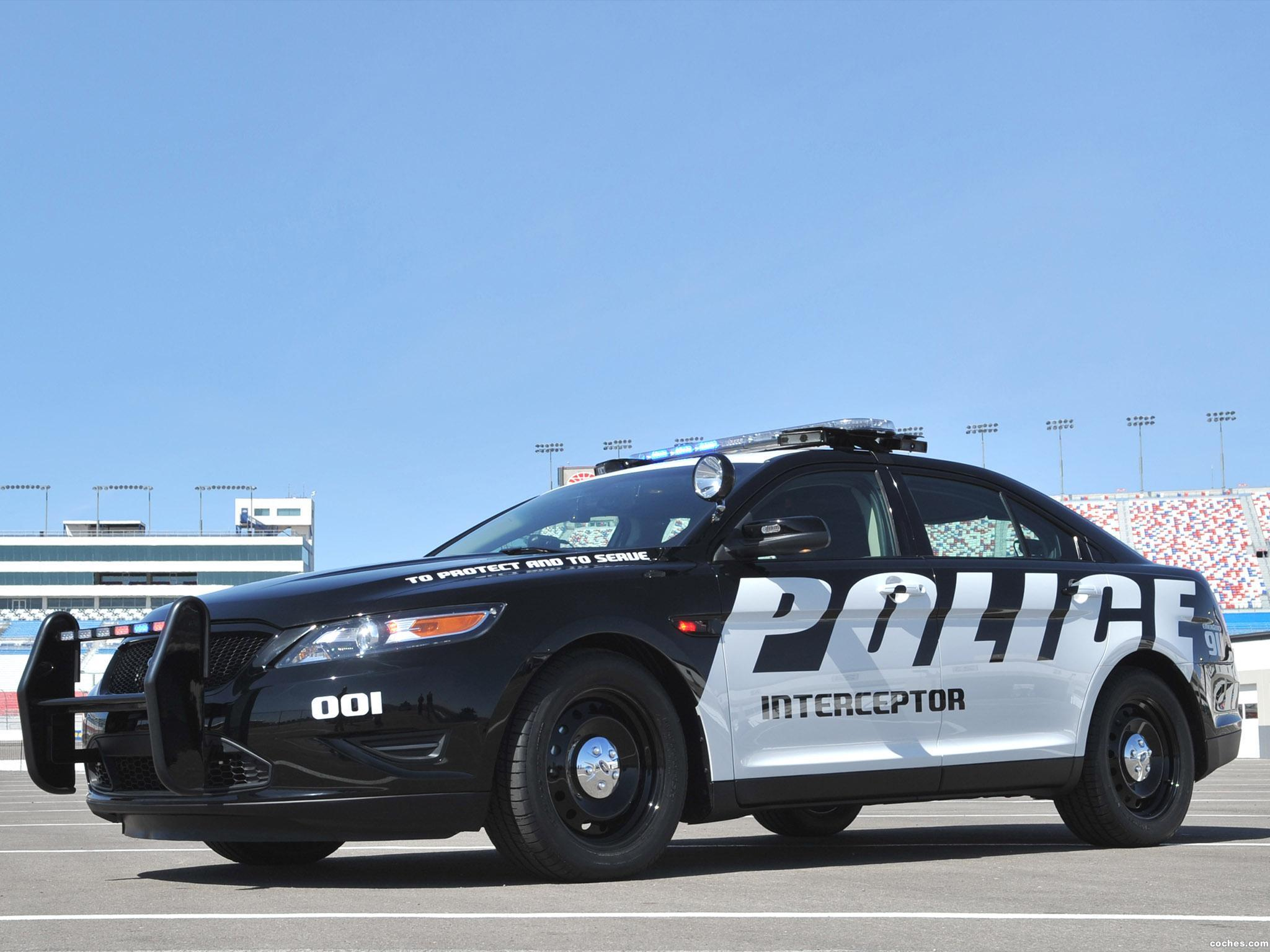 Foto 3 de Ford Interceptor Police Concept 2010