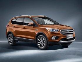 Ver foto 2 de Ford Kuga China 2016