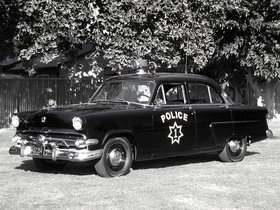 Fotos de Ford Mainline Sedan 4 puertas Police 73A 1954