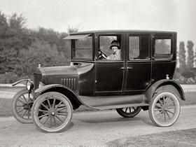 Fotos de Ford Model T 4 Door Sedan 1924