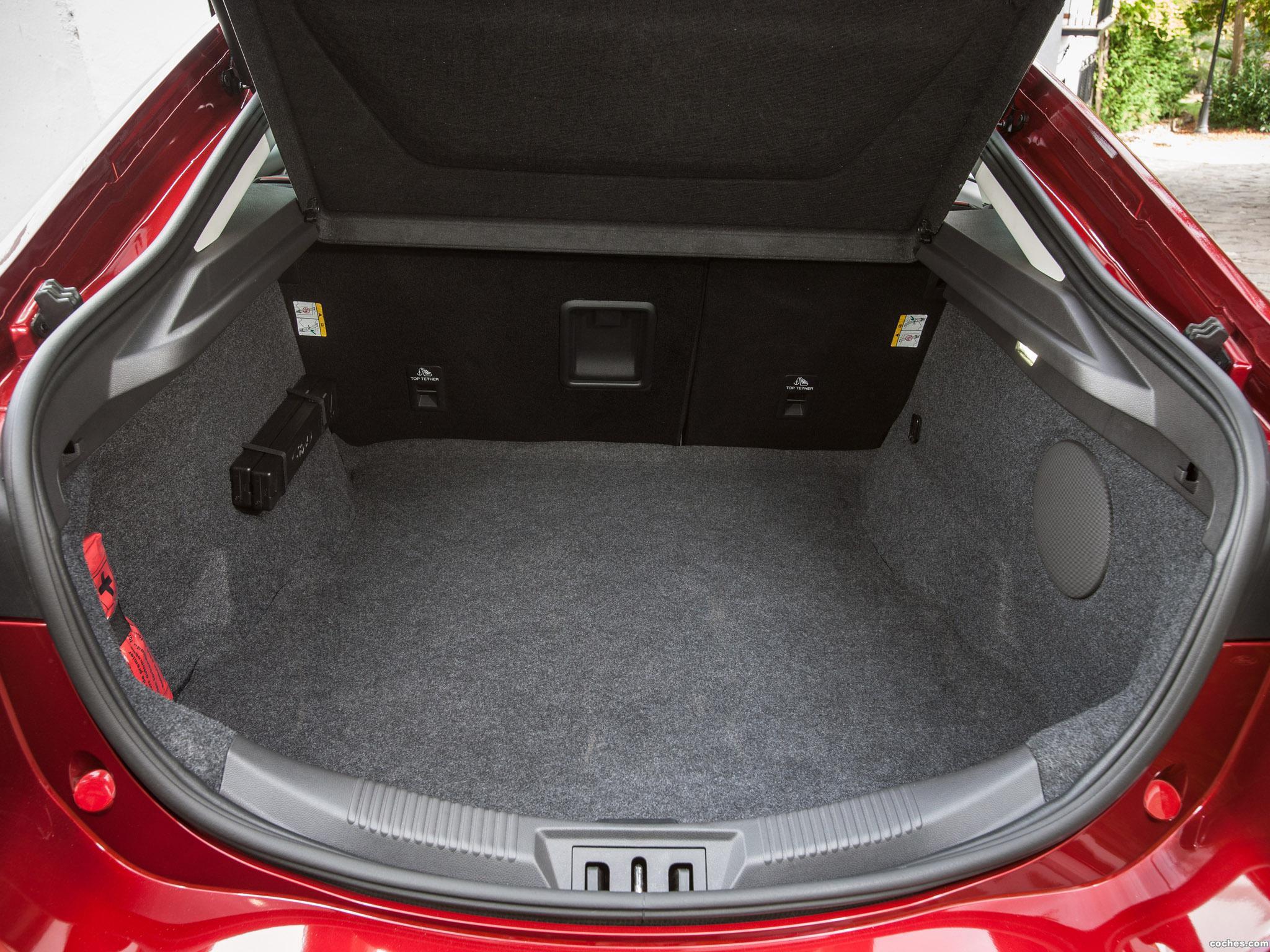 Foto 13 de Ford Mondeo 5 puertas 2014