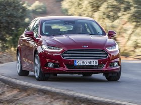 Ver foto 9 de Ford Mondeo 5 puertas 2014