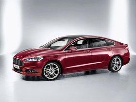 Ver foto 2 de Ford Mondeo 5 puertas 2014
