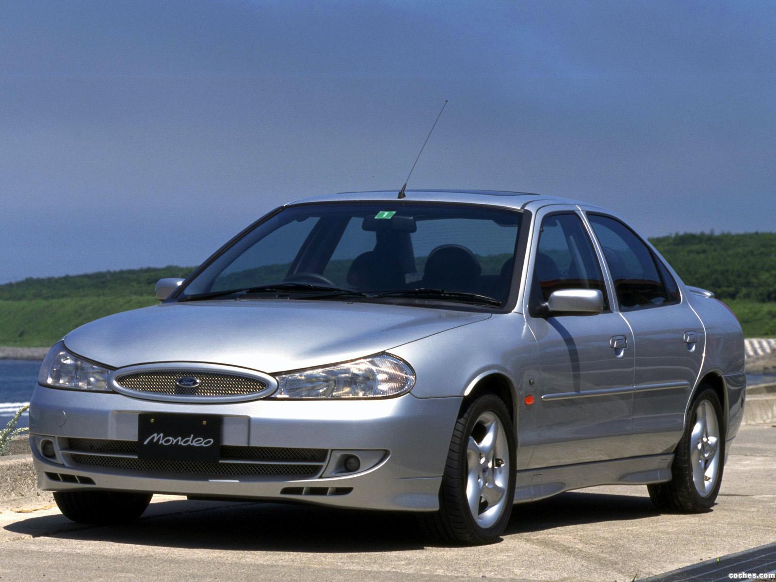 Foto 0 de Ford Mondeo Sedan Japón 1996