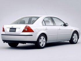 Ver foto 2 de Ford Mondeo Sedan Japón 2000