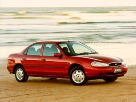 Fotos de Ford Mondeo Sedan UK 1996