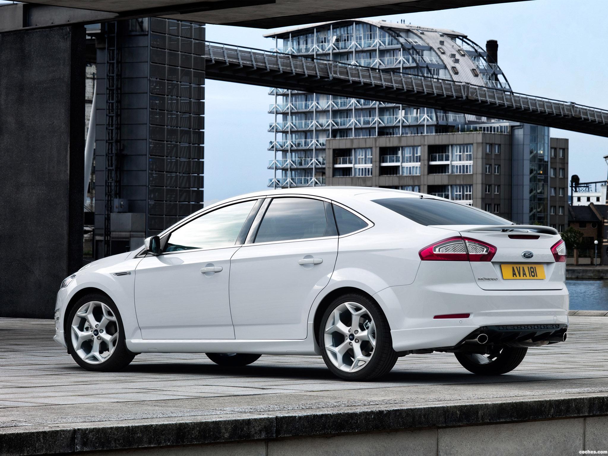 Foto 3 de Ford Mondeo 5 puertas Titanium-X 2010