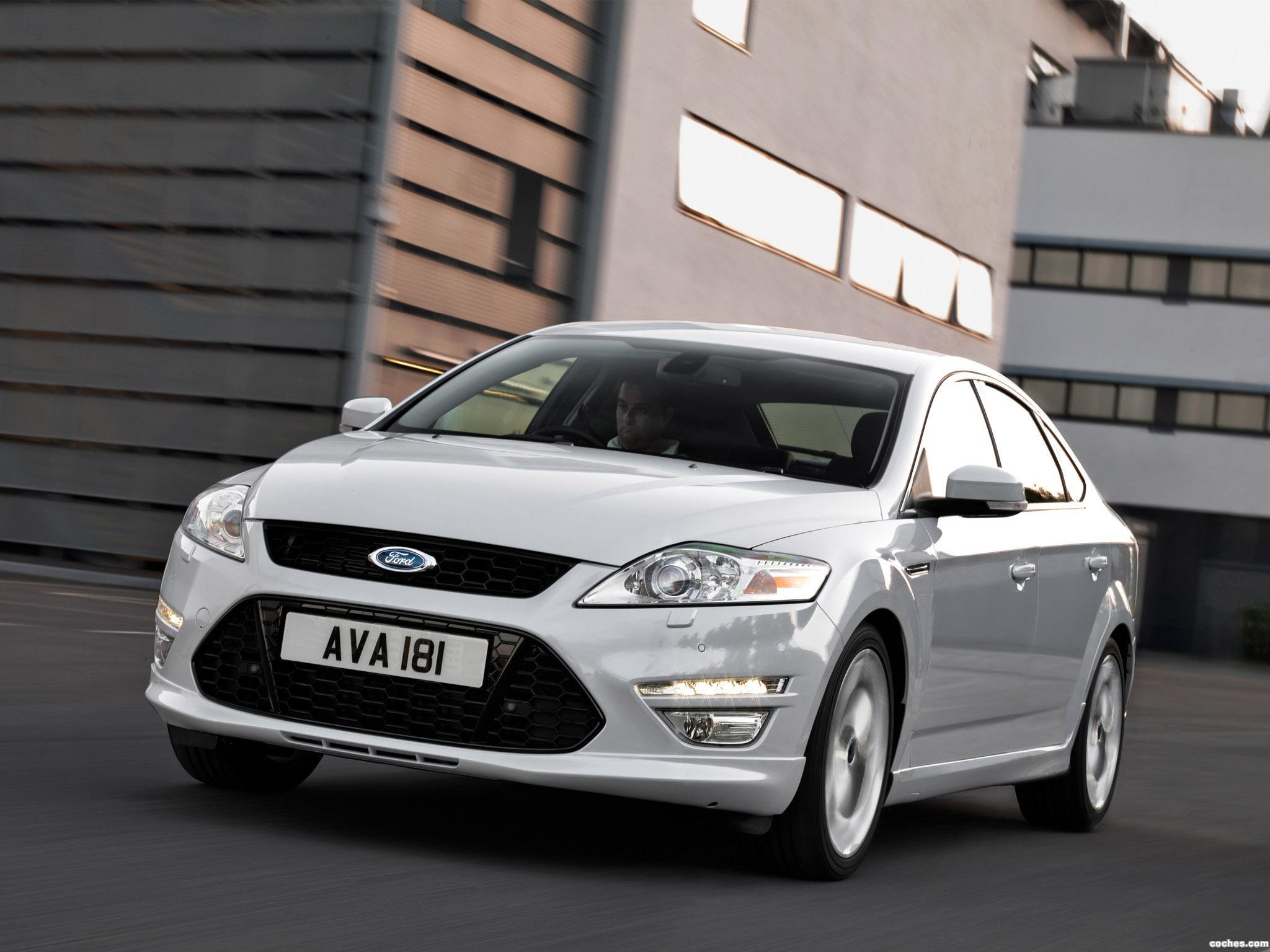 Foto 2 de Ford Mondeo 5 puertas Titanium-X 2010