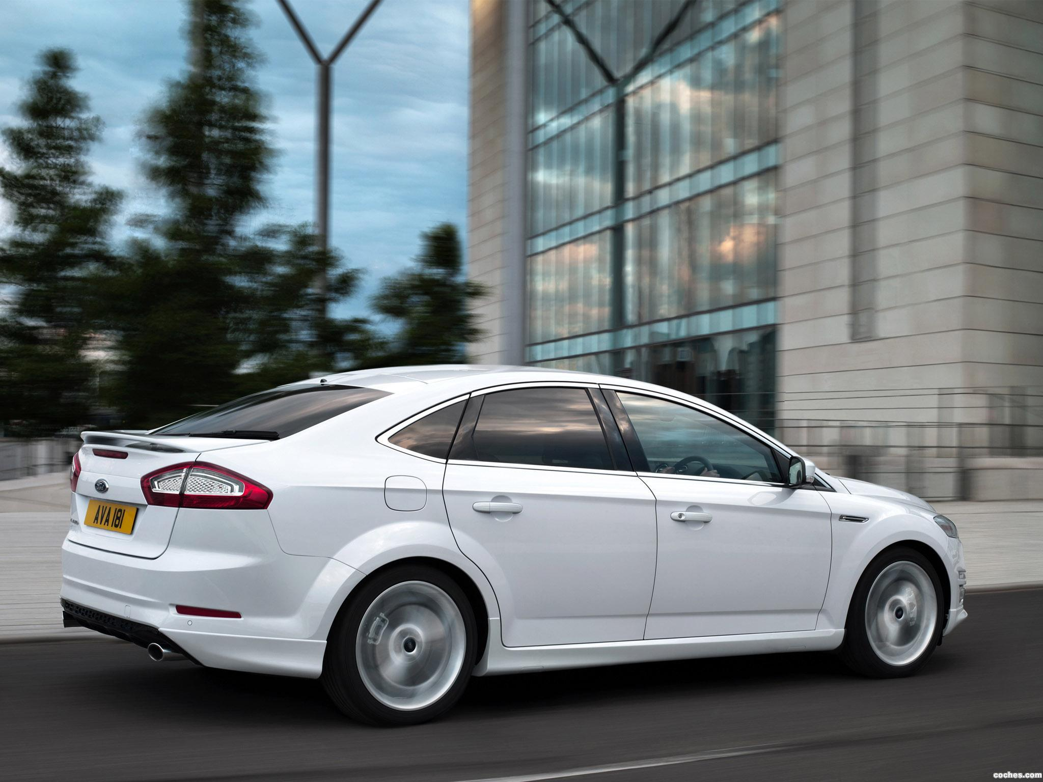 Foto 1 de Ford Mondeo 5 puertas Titanium-X 2010