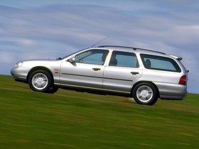Ver foto 2 de Ford Mondeo Sportbreak 1996