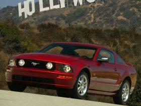 Ver foto 26 de Ford Mustang 2005