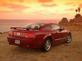 Ver foto 24 de Ford Mustang 2005