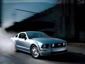 Ver foto 23 de Ford Mustang 2005