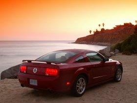 Ver foto 22 de Ford Mustang 2005