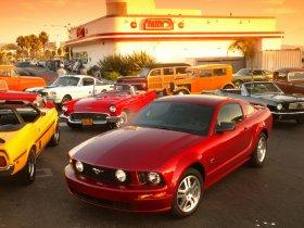 Ver foto 18 de Ford Mustang 2005
