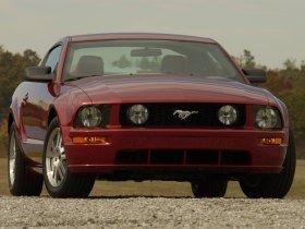 Ver foto 39 de Ford Mustang 2005