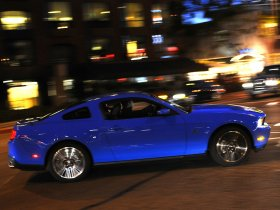 Ver foto 2 de Ford Mustang 2010