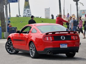 Ver foto 3 de Ford Mustang 5.0 GT California Special Package 2010