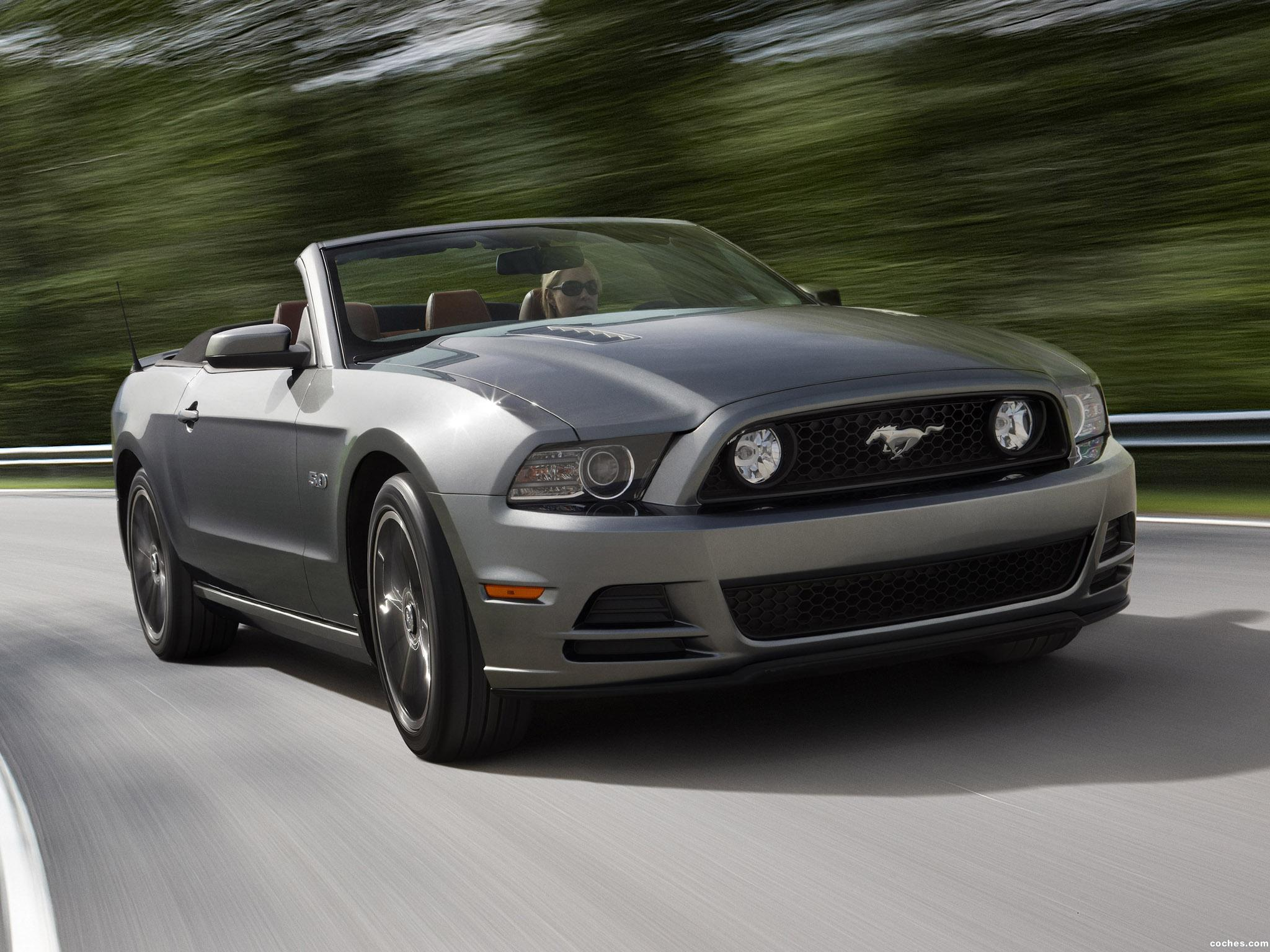 Foto 0 de Ford Mustang 5.0 GT Convertible  2012