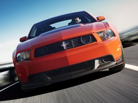Ver foto 2 de Ford Mustang Boss 302 2010
