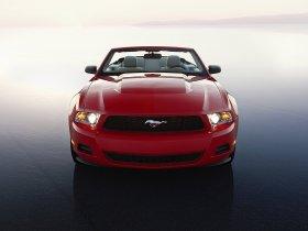 Ver foto 4 de Ford Mustang Convertible 2010