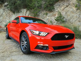 Ver foto 1 de Ford Mustang EcoBoost Coupe 2015