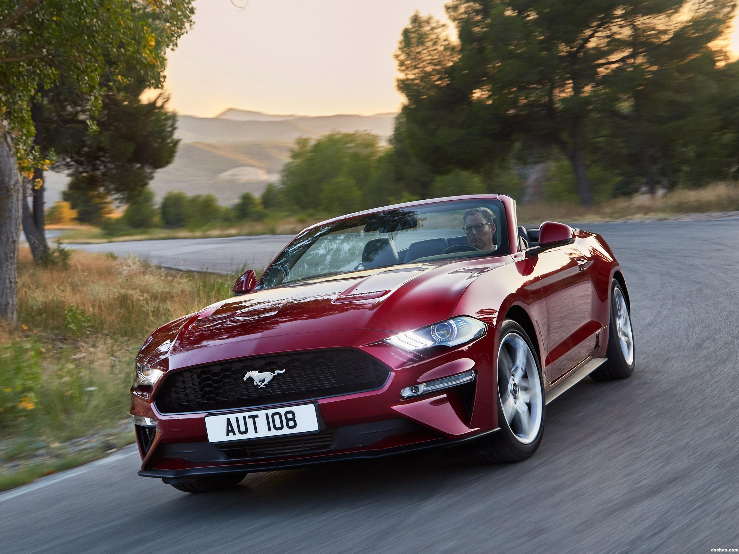 Foto 2 de Ford Mustang Ecoboost Convertible 2017