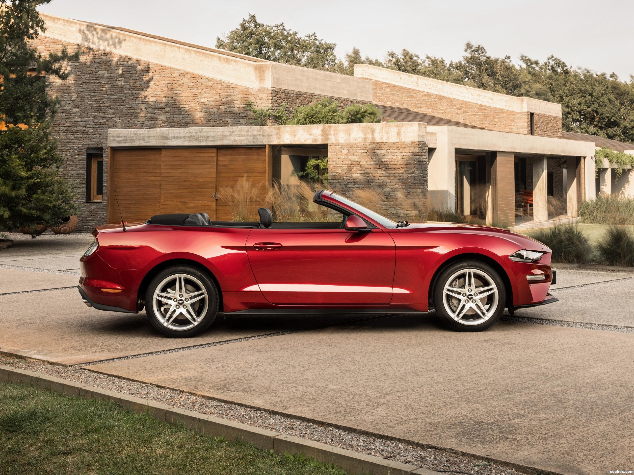 Foto 10 de Ford Mustang Ecoboost Convertible 2017