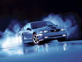 Ver foto 4 de Ford Mustang GT 1999