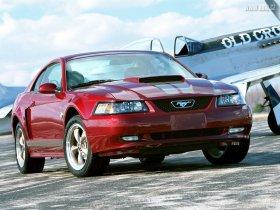 Ver foto 3 de Ford Mustang GT 1999