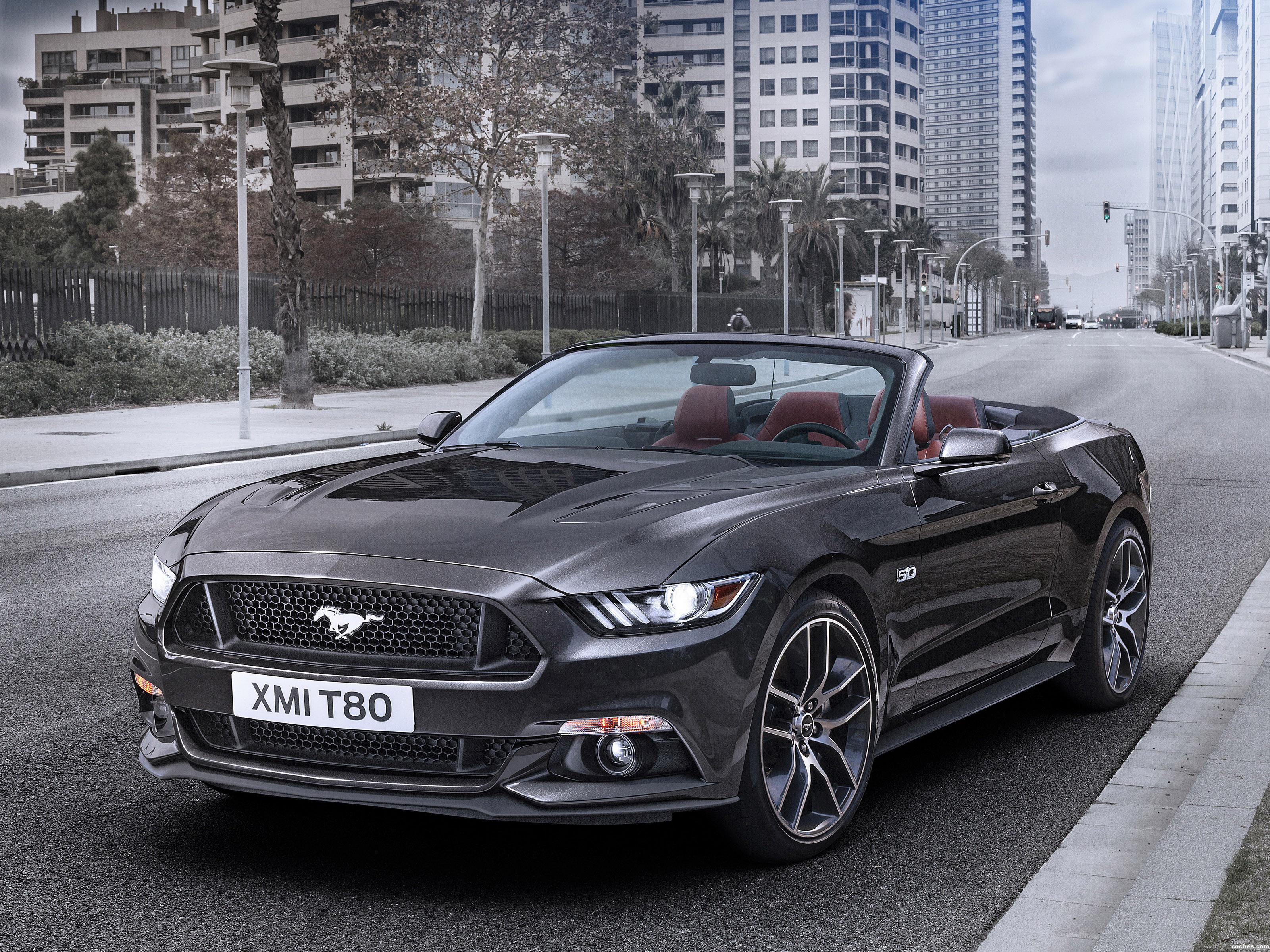 fotos de ford mustang gt convertible europa 2015. Black Bedroom Furniture Sets. Home Design Ideas