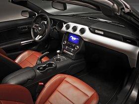 Ver foto 2 de Ford Mustang GT Convertible 2014