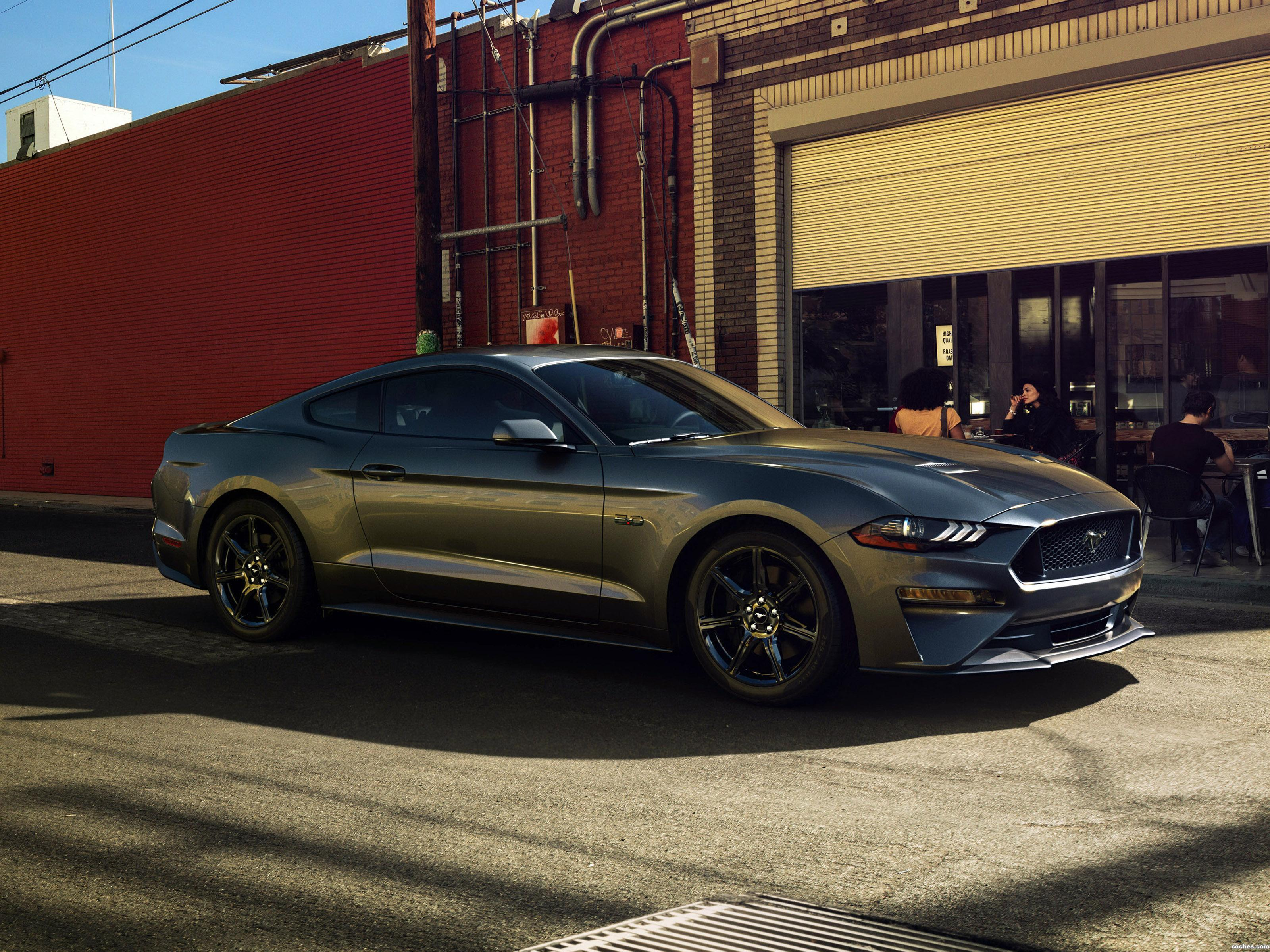 Foto 1 de Ford Mustang GT Fastback USA 2017